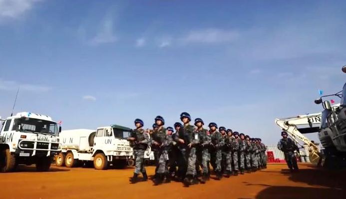 《今日关注》 20200918 中国蓝盔30年 为世界和平出征