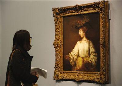 伦勃朗于1654年在阿姆斯特丹创作了这幅对春天、鲜花和爱情之神芙罗拉的诗意写照。