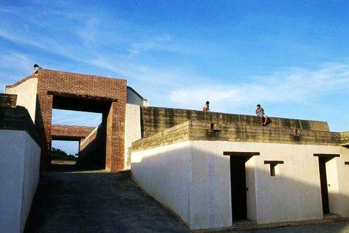 旗后炮台有着中国风格的营区建筑