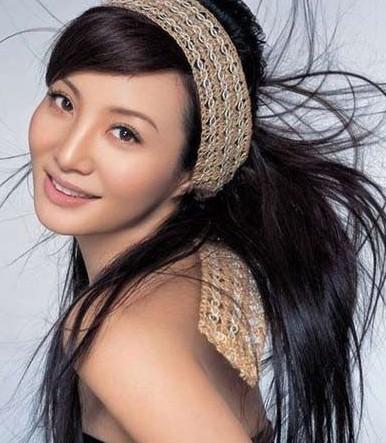 张柏芝 李双江/两人成亲后,琳达全力支持李小龙的事业,并生下了两个孩子。