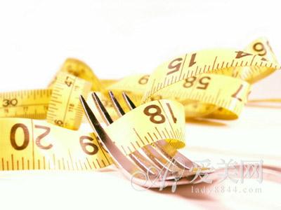 饮食减肥技巧:吃饭顺序影响瘦身效果