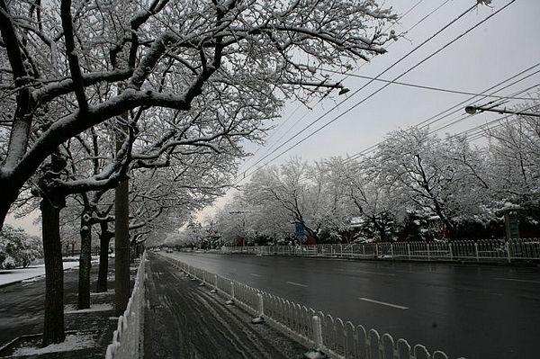 春雪后的北京