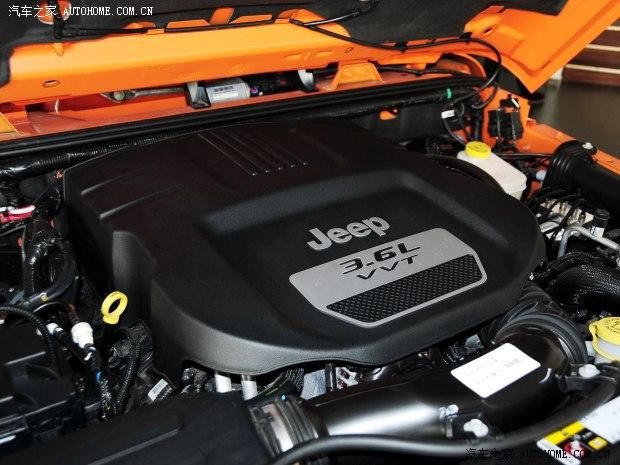 JeepJeep牧马人2013款 3.6L 四门版 罗宾汉