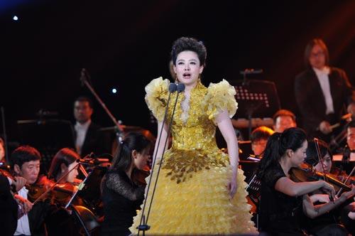 第5届青歌赛民族唱法第一名 王庆爽