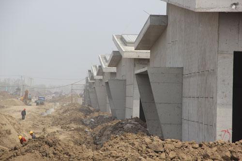 投资80多个亿,正在建设中的双城雨润农产品全球采购中心。