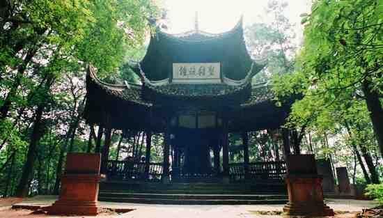 圣积晚钟(摄影:吴健)