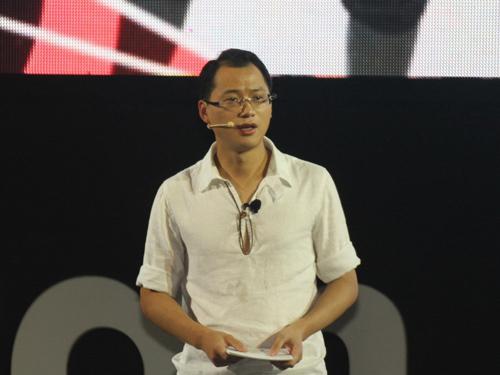 上海大众汽车有限公司 大众品牌营销事业执行总监兼销售高级总监 向东平 先生