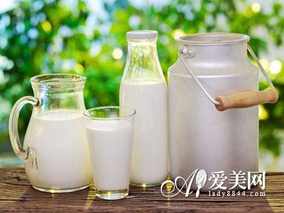 秋季喝牛奶暖胃养胃 9种最佳吃法 营养翻倍