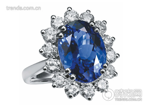 enzo雪白钻石婚戒 高清图片