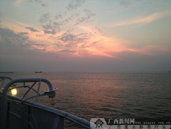 """国庆乘""""北部湾之星""""去越南黄金海岸下龙湾"""