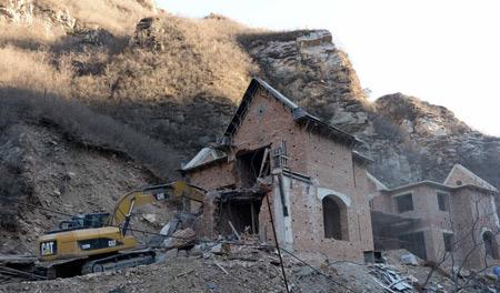 清理小产权房 北京一天拆8栋别墅