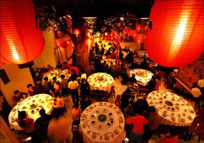 """细数家宴六十年来""""年夜饭""""习俗的文化变迁"""