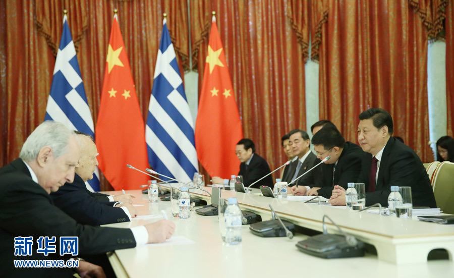 2月7日,国家主席习近平在俄罗斯索契会见希腊总统帕普利亚斯。记者 兰红光 摄