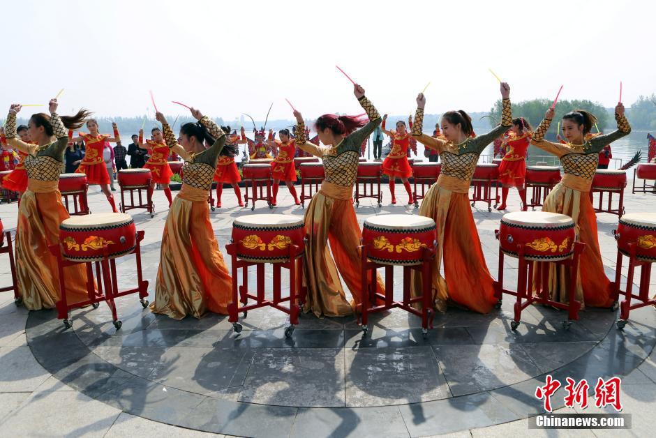В Китае отмечают праздник Дуаньу