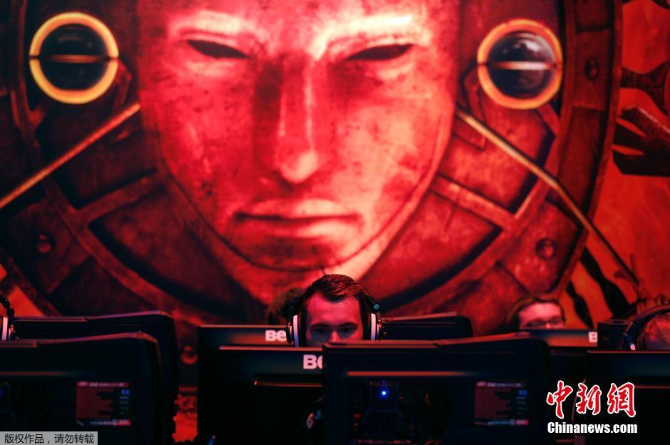 Gamers, developers and publishers have descended on the German city of Cologne, to try out the latest developments in the video gaming industry.