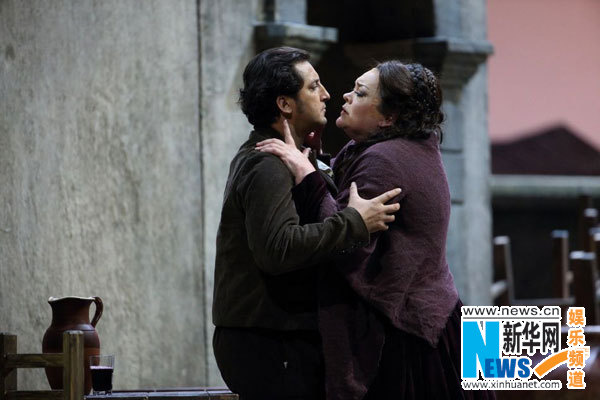 Two important pieces from a lesser-known Italian tradition, Cavalleria Rusticana by Pietro Mascagni, and Pagliacci by Ruggero Leoncavallo, both presented at the NCPA on Wednesday night, to a full house.