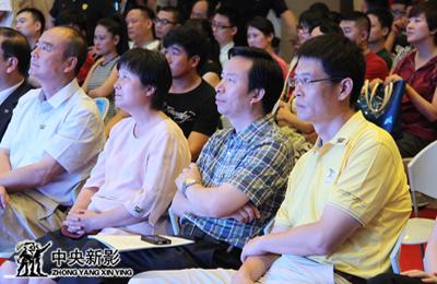 2013年8月8日,中央新影集团副总裁、总编辑郭本敏出席第九届北京国际体育电影周开幕式。