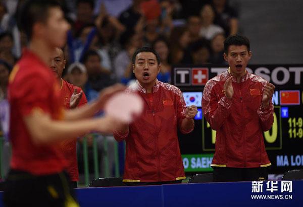 China gana el título en el tenis de mesa por equipo masculino