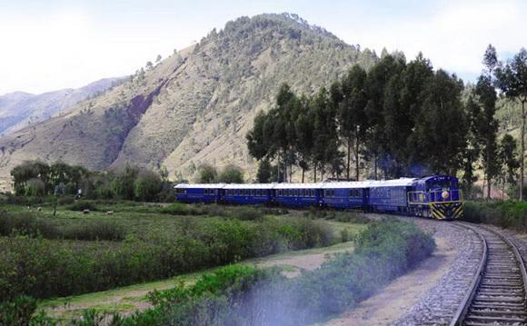 山區火車風景圖片