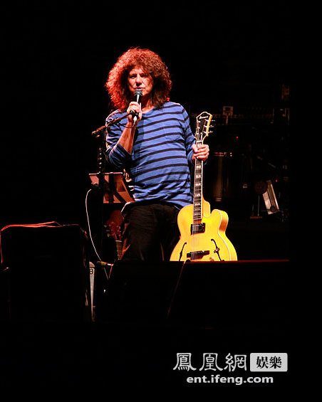 US   guitarist and composer Pat Metheny opened the JZ Festival in Shanghai with a two-and-a-half hour set, spanning his 40-year career.