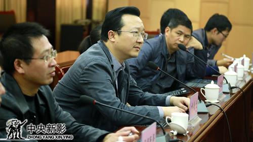 开县县委常委、县政府副县长祁美文表达对《新三峡》剧组的支持与期待