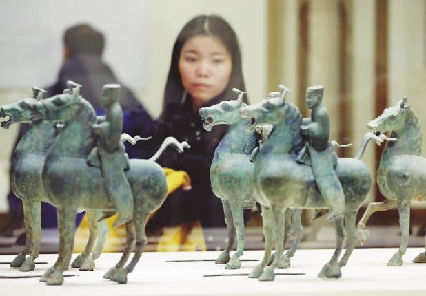 "An exhibition on the ""Maritime Silk Road"" is currently being held at Beijing"