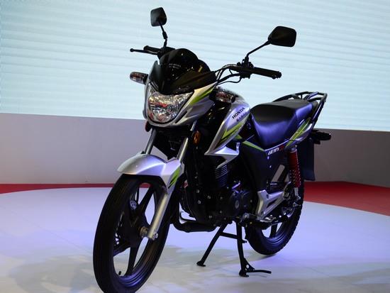 战豹150是新大洲本田摩托有限公司发布的新车型之一,是一款
