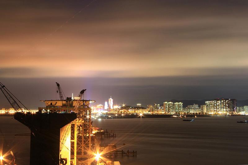 港珠澳大桥施工者 见证跨海巨龙的诞生