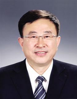 陈海波同志简历 陈海波