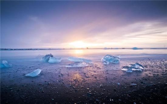 [组图]大自然的馈赠 冰岛奇观冰河湖