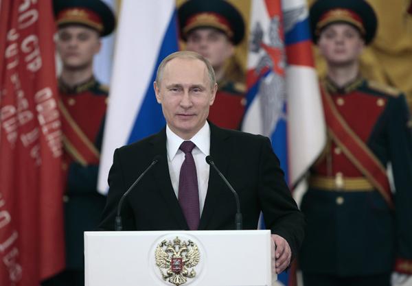 В.Путин вручил ветеранам Великой Отечественной войны юбилейные медали. Алексей Дружинин/ТАСС