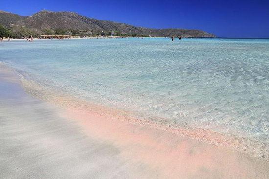 澳大利亚矿产资源图_如梦如幻!世界各地奇异粉色沙滩和湖泊!_旅游_央视网(cctv.com)