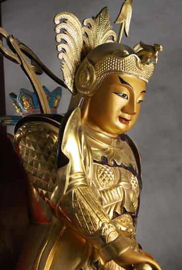 判断十方寺、子孙寺,可以看韦陀菩萨的造型。
