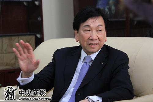 国际奥委会执行委员、国际拳击联合会主席吴经国