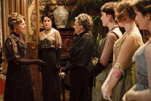 贵族女人 偷学唐顿庄园时尚礼仪