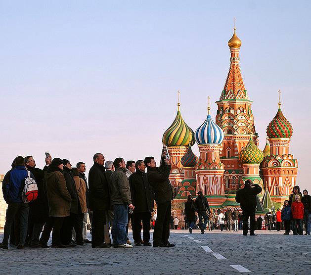 Архив: В России количество желающих путешествовать внутри страны увеличилось почти на 30%