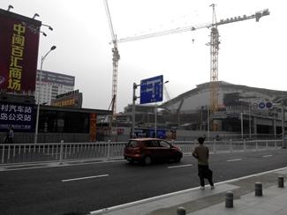 ( 图2,2015年2月4日改扩建中的厦门站 )