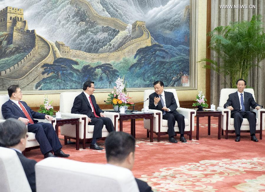 اجتمع ليو يون شان مع وفد من الجمعية الماليزية الصينية