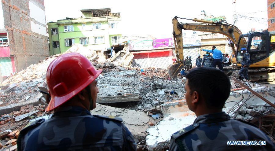 В Непале произошло новое землетрясение магнитудой 7,5, сообщений о пострадавших китайских гражданах пока не поступало