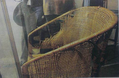 焦裕禄坐过的藤椅。