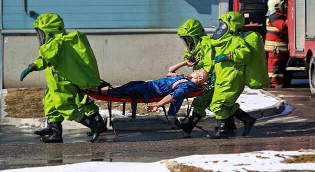 Спасатели Красноярска ликвидировали последствия химического ЧП