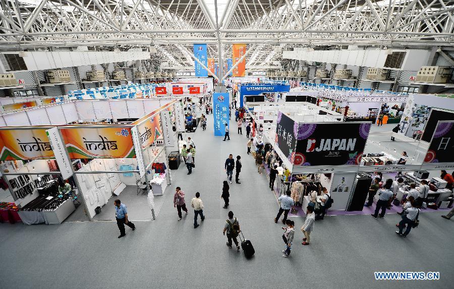 Объем сделок на Китайской ярмарке фирменных товаров для импорта в Куньшане превысил 300 млн юаней