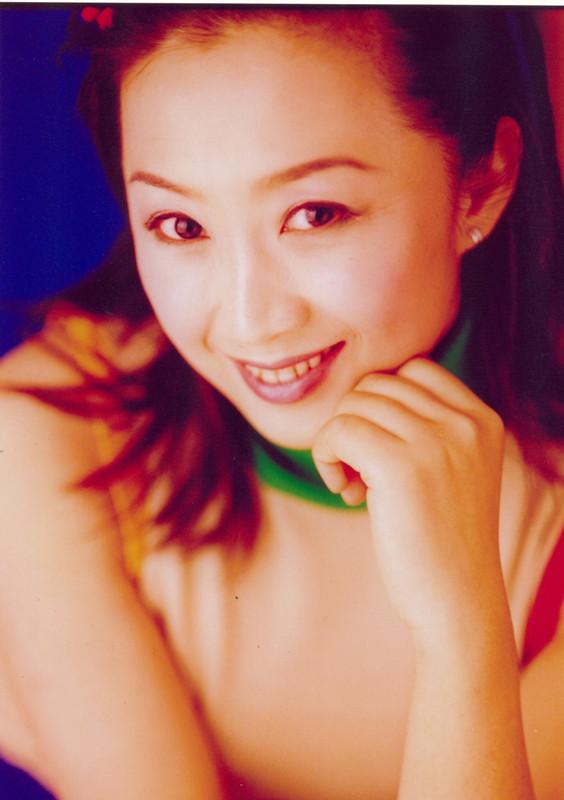 花姐姐_有向日葵般微笑的\