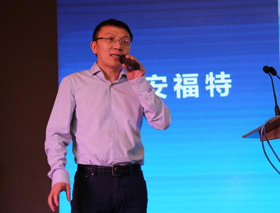 三人行广告服务股份有限公司总裁胡梅龙