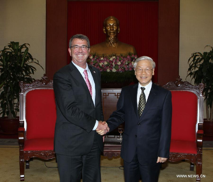 Министр обороны США особо отметил социально-экономическое развитие Вьетнама