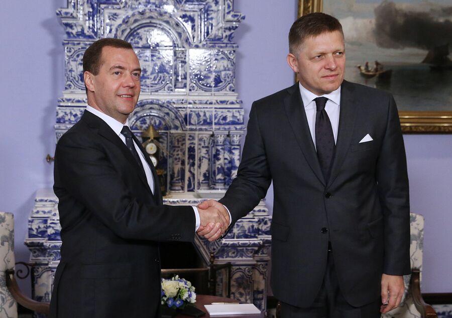 Д.Медведев провел встречу с премьер-министром Словакии Р.Фицо.Екатерина Штукина/ТАСС
