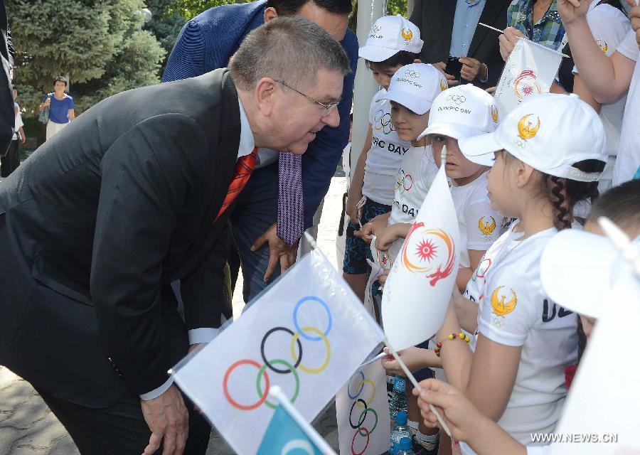 В Узбекистане отмечают Международный олимпийский день