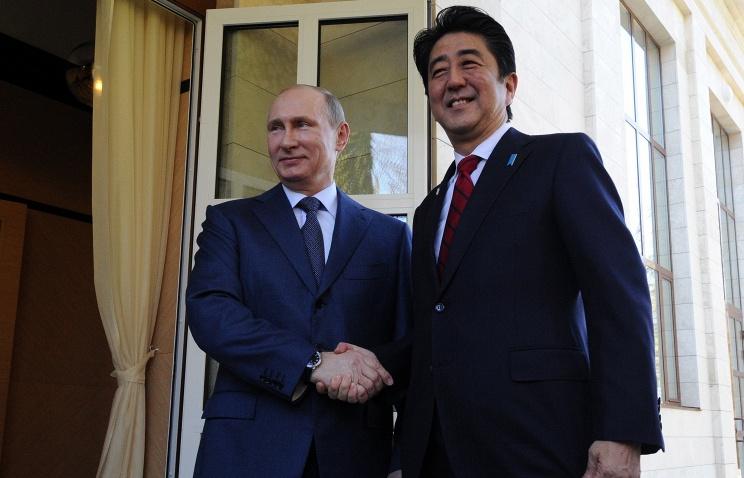 В.Путин и С.Абэ договорились проработать визит президента РФ в Японию -- Кремль
