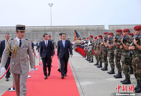 Премьер Госсовета КНР завершил визиты в Бельгию и Францию