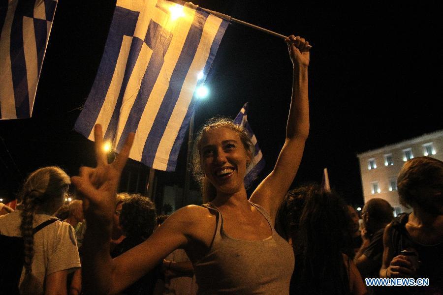 """Ответ """"нет"""" лидирует на греческом референдуме по долговому соглашению -- оценки социологов"""